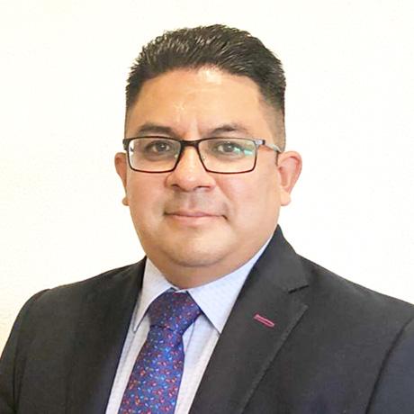 Mtro. Julio César Cadena Estrada